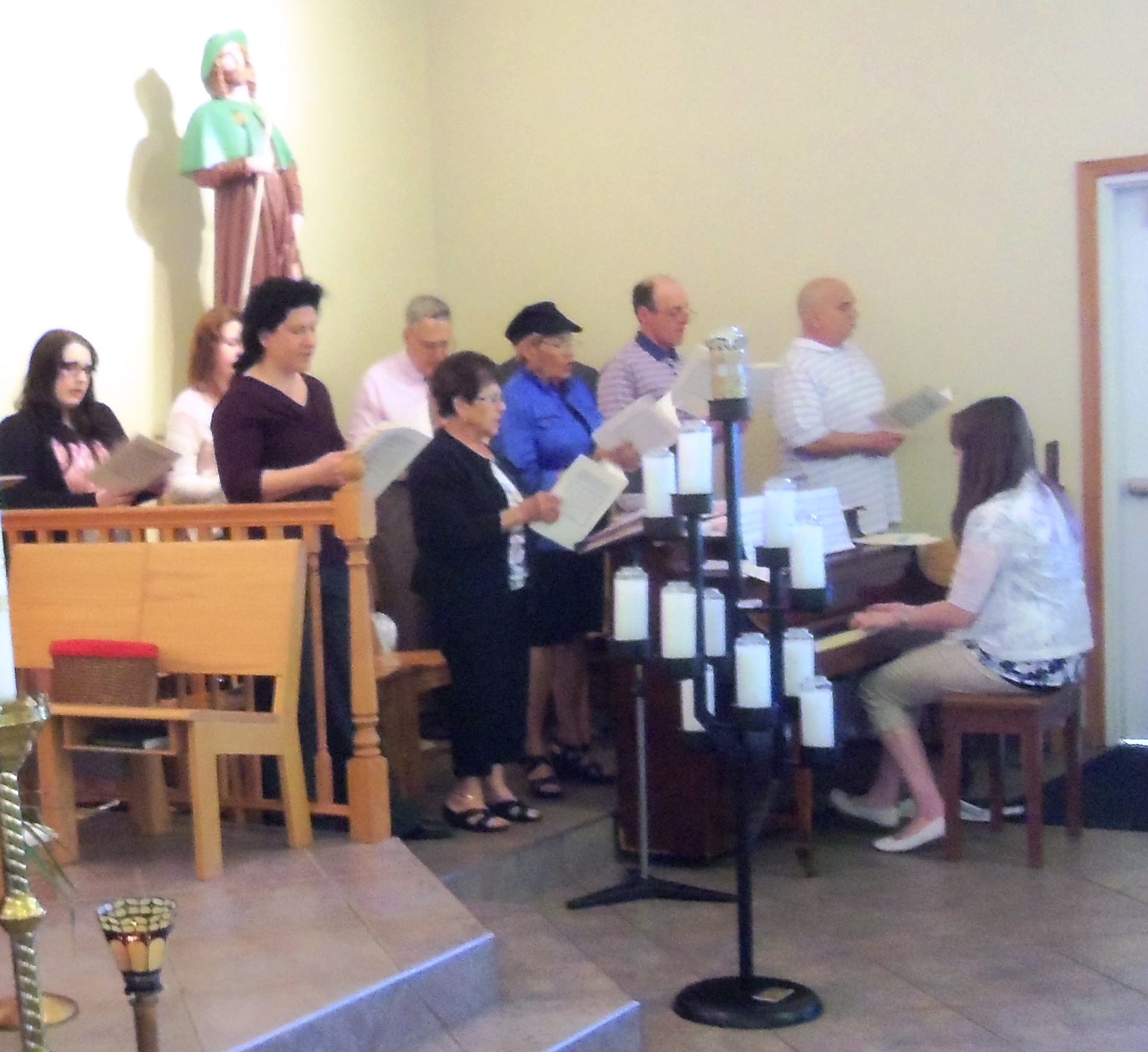 During Communion, the choir sings In Bread that Is Broken, from the octavo.