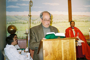 Mayor Angelo Ciambrone, reading the text of the Exodus from Egypt