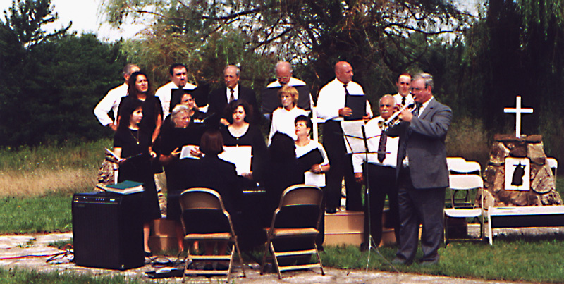 Choir with John Pelley on the trumpet