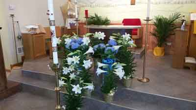 Easter 2015: sanctuary, with lilies in place.